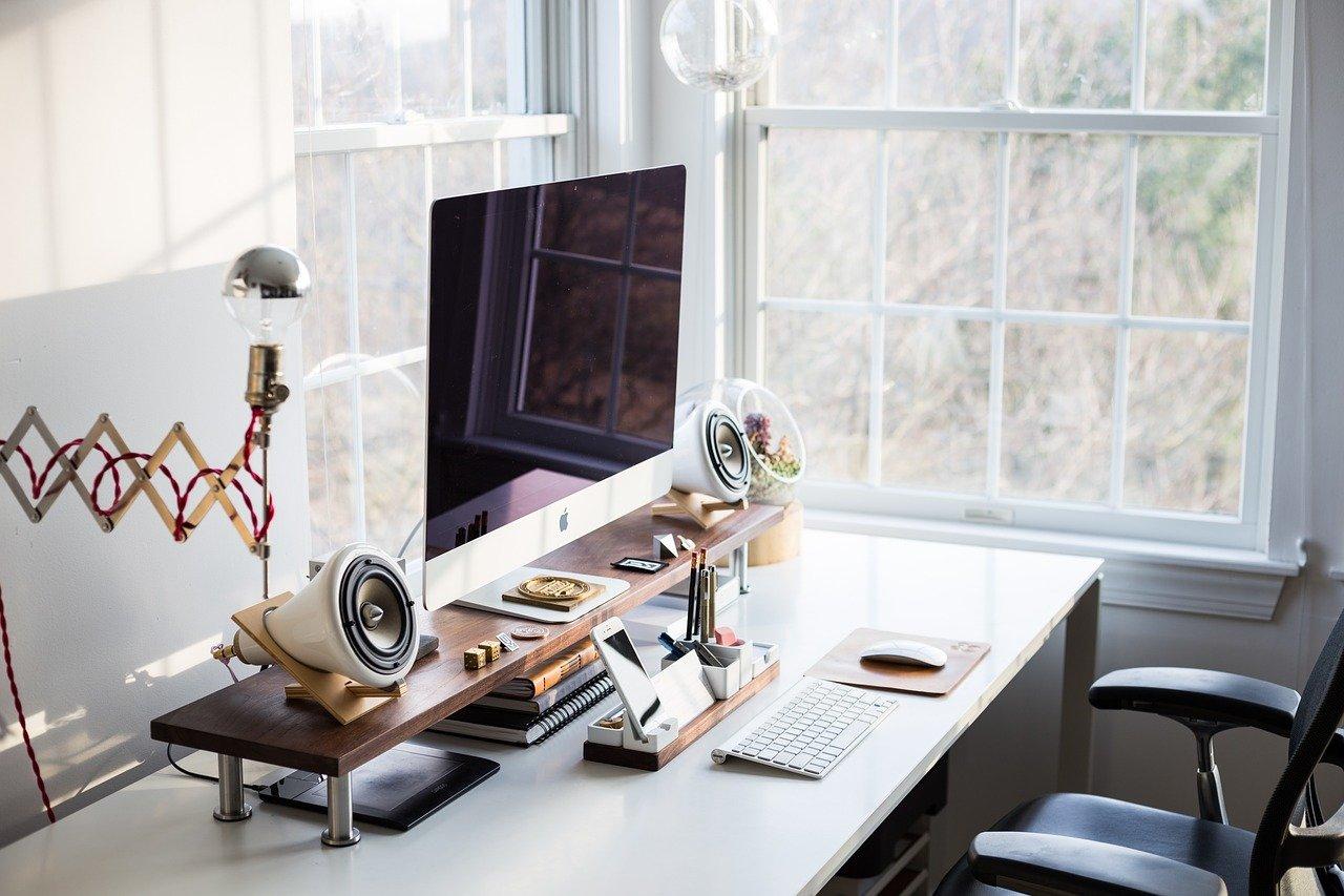 biurka do biura co wybrać
